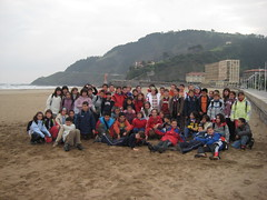 Foto de grupo en Playa Santiago en Deba