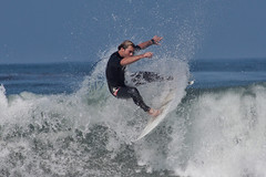 Shred 3084 (casch52) Tags: ocean california county white guy beach water sport canon photo sand san surf break pacific action surfer board extreme north wave diego surfing dude 300mm southern photograph oceanside surfboard solano swell encinitas reentry 14x f4l 14tc 300mmf4l 50d