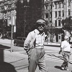 Scene from the street (Tiago Silvestre - Photography) Tags: blackandwhite bw film analog 35mm olympus pb xp2 om ilford om1 analgico zuikoautos50mmf18 olympusom1md hommageadoisneau olympuseuropephotography