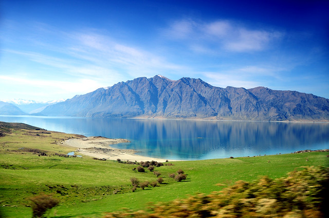 New Zealand - Lake H (something)