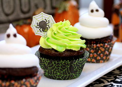 Ghoulishly Glowing Cupcakes (Food Snots) Tags: light party food orange black halloween water monster dark recipe dessert cupcakes blog glow chocolate ghost vegetable sugar blogs cupcake icing glowing recipes lime slime jello tonic frosting confectioners powdered gelatin shortening ghoulishly