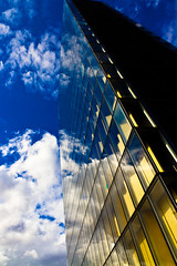 ~ (fidgi) Tags: blue sky cloud paris reflection yellow architecture jaune bleu reflet ciel bnf nuage
