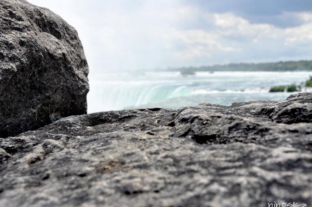 rocas niagara's falls summer 2011