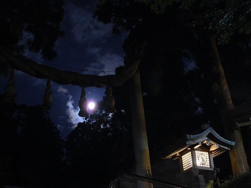 中秋の名月は厳かにお月見を『観月祭』@大神神社