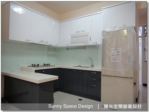 廚房設計-北投清江路蔣小姐ㄇ字型廚具:廚具大王林易延-陽光空間廚衛設計