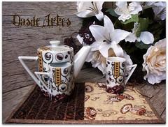 Vamos tomar um cafzinho? (**DASDE Artes!**) Tags: caf mugrug tapetedecaneca