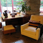 PA - Mill Run: Fallingwater - Living Room - Library Area thumbnail