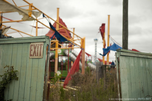 exit-Abandoned-Six-Flags-Jazzland-Park-2011