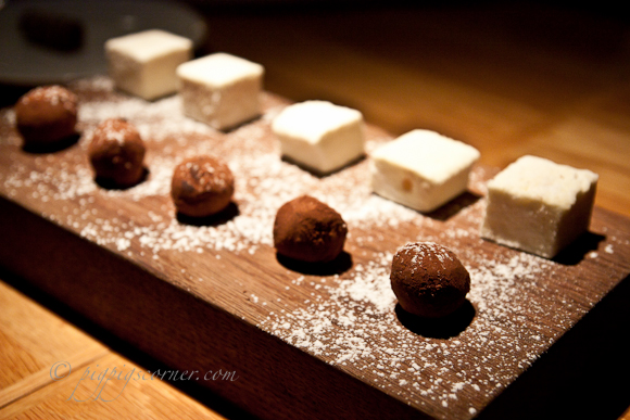 DISH by Delicious - petit four
