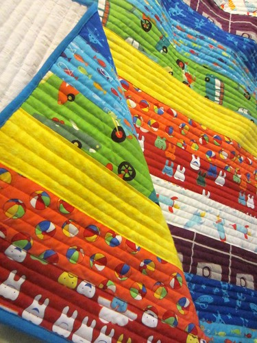 technicolour yawn quilt v2 detail