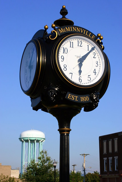 Old Fashioned Clock - McMinnville, TN