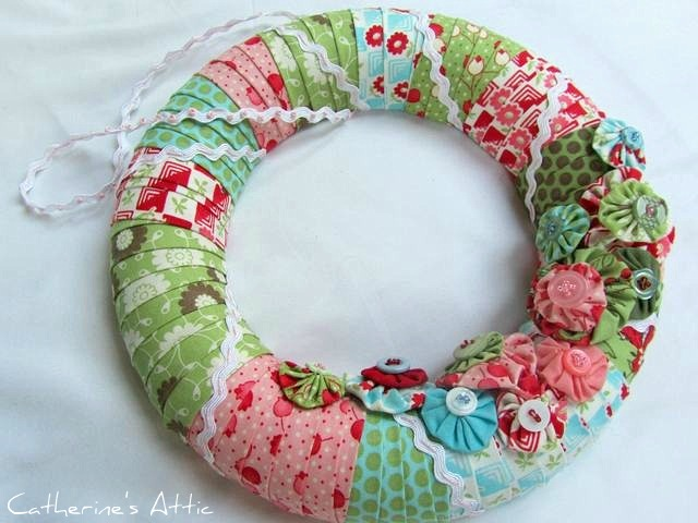 Bliss yo-yo wreath