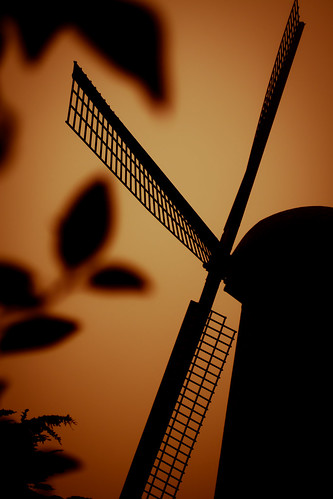Dutch Windmill by turnmovechange