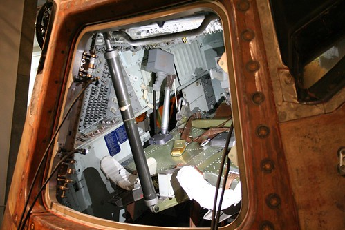 inside apollo capsule houston - photo #5