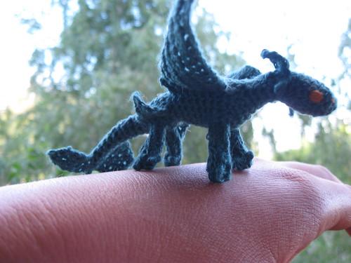 crochet-amigurumi-dragon-toothless | Crochet Cricket | 375x500