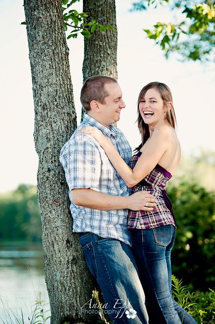 Couples Shoot at Petrie Island-1.jpg