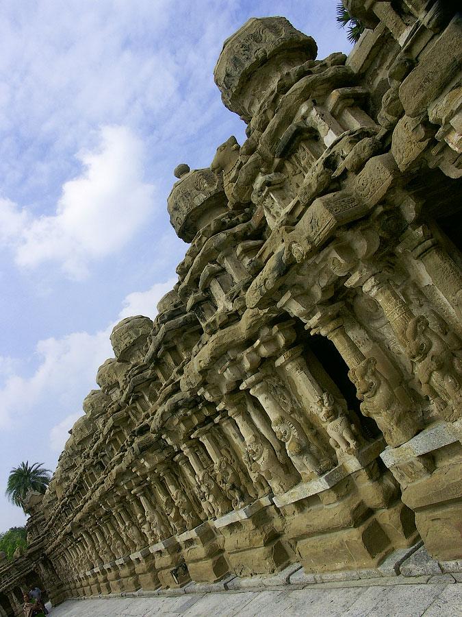 Храм Кайласанатха, VIIв, старейший храм в Канчи. Канчипурам, Тамил Наду, Индия © Kartzon Dream - авторские путешествия, авторские туры в Индию, тревел видео, фототуры