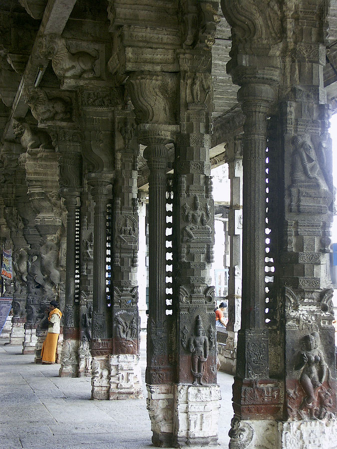 Храм Екамбарешвар (Екамбаранатар), Канчипурам, Тамил Наду, Индия © Kartzon Dream - авторские путешествия, авторские туры в Индию, тревел видео, фототуры
