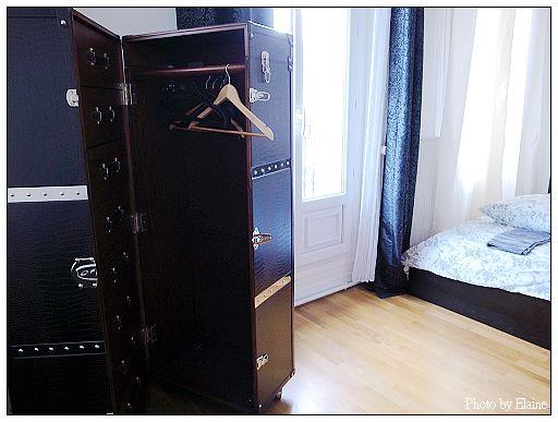 瑪黑公寓裡的骨董衣櫥