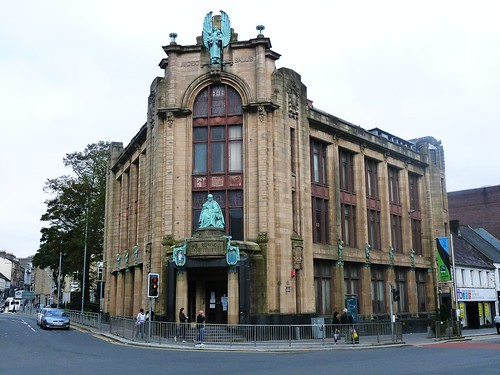 Russell Institute, Paisley