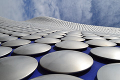 Dotted     [EXPLORE the dots, # 111 on 30 Aug 2011] (greekguy29) Tags: blue england architecture modern circle birmingham nikon shoppingcentre explore selfridges thechallengefactory fotocompetitionfotocompetitionbronze