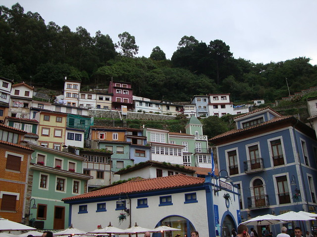 Charming Small Towns in Asturias : Cudillero