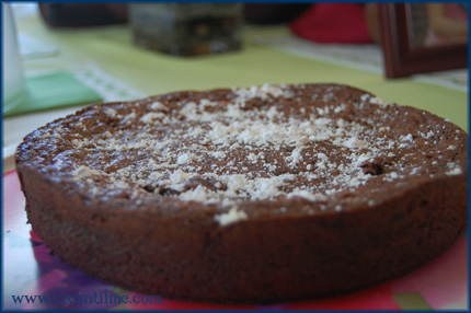 Flourless chocolate cake ... with Nutella.  The only thing missing is YOUR FORK.