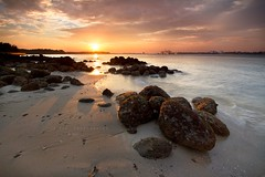 teaser (Jazpar) Tags: sunset beach landscapes singapore rocks seascapes fishermen punggol lessismore happier leefilters epiclight