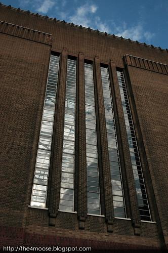 Tate Modern - Facade