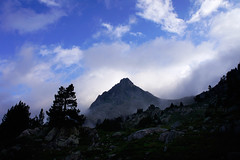 "2011_633007 - Clot de Moredo • <a style=""font-size:0.8em;"" href=""http://www.flickr.com/photos/84668659@N00/6101931335/"" target=""_blank"">View on Flickr</a>"