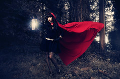 DreamWorld's - Red Riding Hood (JMSF415) Tags: red woods theme cape redridinghood mua onelight alienbees nikkor50mm14 nikond300 jmsf415 sanfranciscoportraitphotographer laurenluck dreamworldphotoart jorgemorenophotography