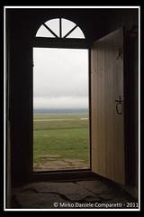 "Through the door <a style=""margin-left:10px; font-size:0.8em;"" href=""http://www.flickr.com/photos/66444177@N04/6108974180/"" target=""_blank"">@flickr</a>"