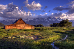 Moulton Barn - Jackson Hole (Jeremy Duguid) Tags: park barn canon day hole cloudy grand jeremy jackson national wyoming teton moulton duguid coth 50d bej platinumphoto pwlandscape jeremyduguid