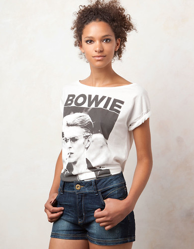 camiseta pull&bear 15,99
