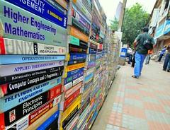 Road-side booksellers - Avenue Road, Bangalore - India (raghavvidya) Tags: road street bangalore books avenue day250 bangaloreindia raghavvidya stunningphotogpin bestphoto4gpinsep2011 roadsidebooksellersavenueroad