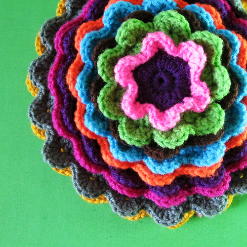 Blooming Flower Pillow - Progress