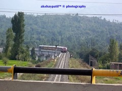 i dont know name of this kashmir local train DMU (akshaypatil™ ® photography) Tags: