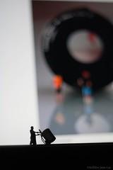 Mini Delivery (Jean-Luc S) Tags: mini ho tinysize solojlm miniaturepeoplephotography