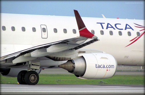 lacsa  airlines phone number