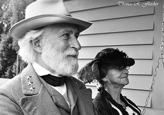 General Robert E. Lee and wife Mary Custis Lee relax on a porch swing (travelphotographer2003) Tags: blackandwhite bw usa actors battle westvirginia wife reenactment livinghistory pattersonhouse civilwarbattlefield generalrobertelee civilwarsite nicholascounty civilwarbattlereenactment marycustislee carnifaxferrybattlefield carnifaxferrybattlefieldpark september101861 battleofcarnifaxferry