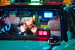 Tokyo taxy 2 (Obliko Morale) Tags: man senior japan lights tokyo taxi hills driver roppongi