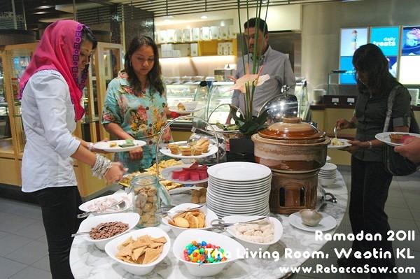 Ramadan 2011 - The Living Room, Westin KL-55