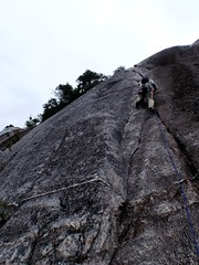 Steve Pitch 3 (Dru!) Tags: canada climb bc britishcolumbia steve climbing climber cracks squamish trad squamishchief stawamuschief seatosky stemalot bulletheads squamih bulletheadeast retroscrubbed