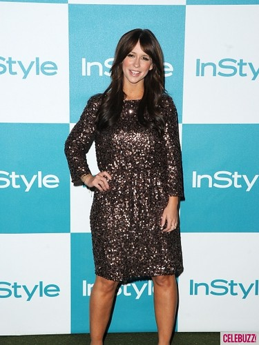 Jennifer_Love_Hewitt_at_The_10th_Annual_InStyle_Summer_Soiree-2-435x580