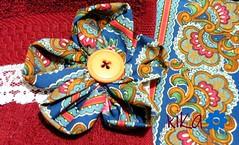 Los pequeños detalles hacen la diferencia ! (Click de Kika) Tags: flores fuxico creatividad detalles kika botones manualidades toalla costura encaje nikoncoolpixp80
