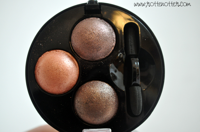 MUA professional eyeshadow trio chocolate box