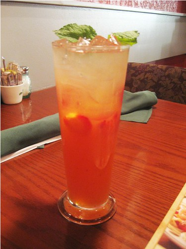 strawberry mango lemonade!