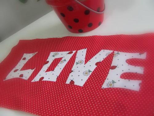 Eu não consigo parar de pensar em Amor ! by Joana Joaninha