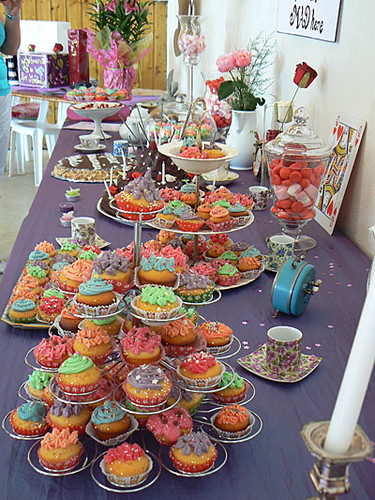 table aux cupcakes.jpg
