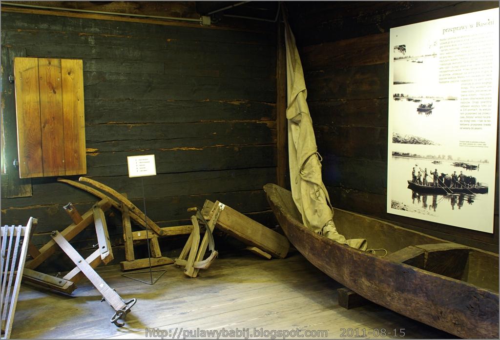 Dłubanka to łódź wystrugana z jednego pnia drzewa